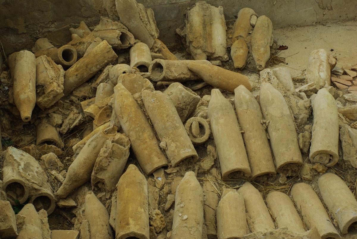 Bouteilles retrouvées dans les fouilles de Morgantina - Sicile