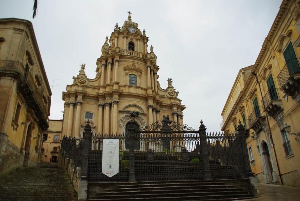 Facade de l'église San Giorgio Raguse