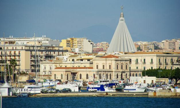 Neapolis : du parc archéologique à la ville moderne de Syracuse