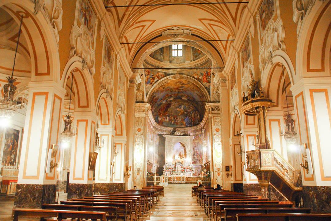 Nef de l'église San Sebastiano à Acireale