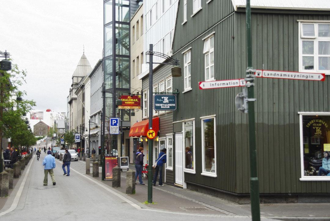 Rue principale de Reykjavik