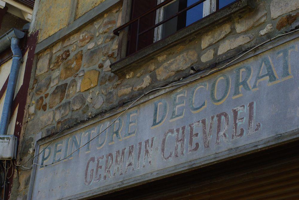 ancienne boutique défrachie - barbizon