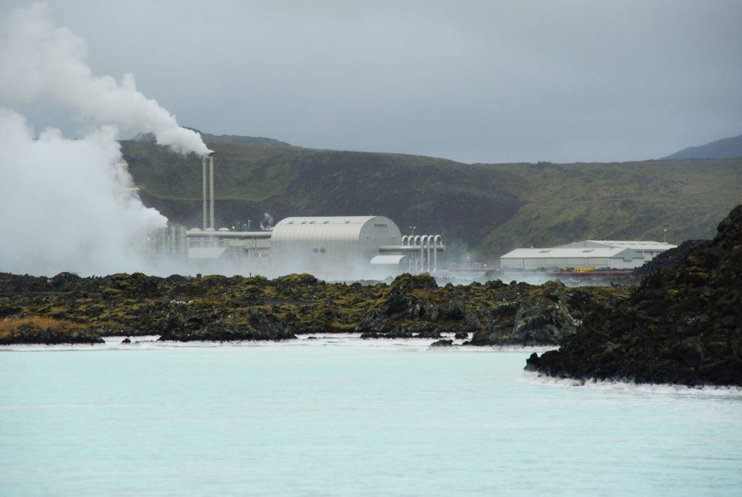 centrale géothermique située près du Blue Lagoon - Islande