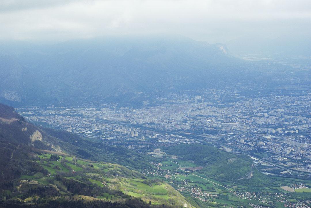 la vue sur Grenoble depuis le Pic Saint Michel