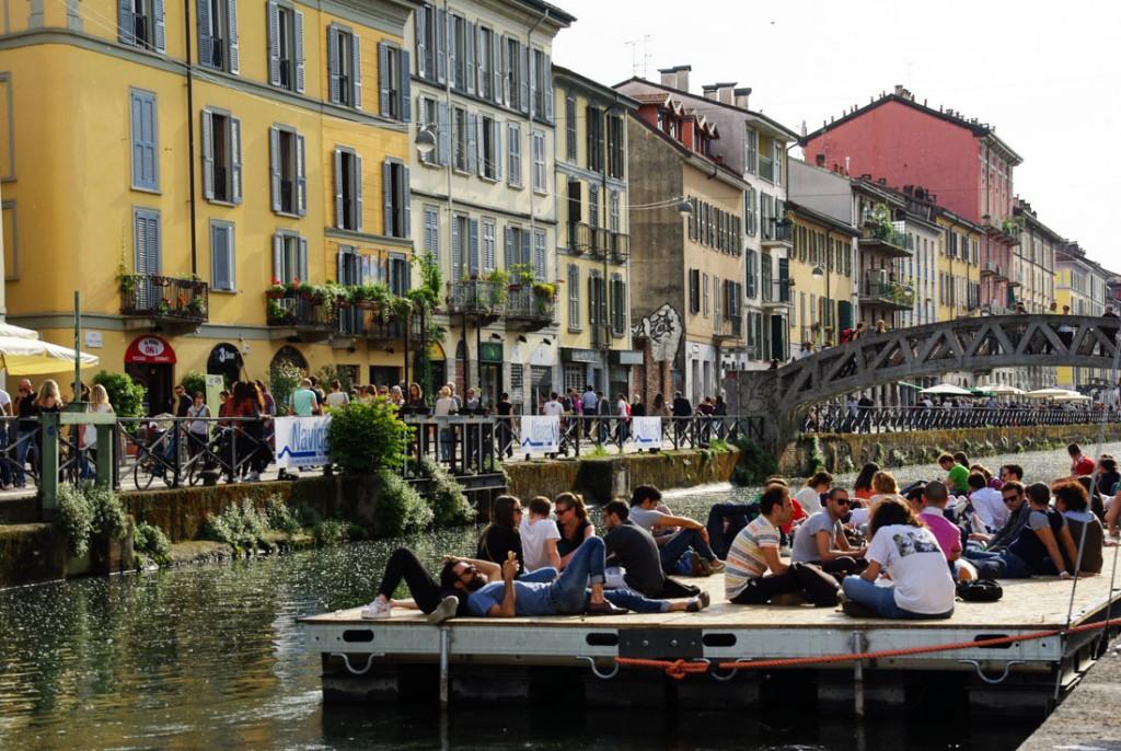 Le quartier des Navigli à l'heure de l'aperitivo - Milan