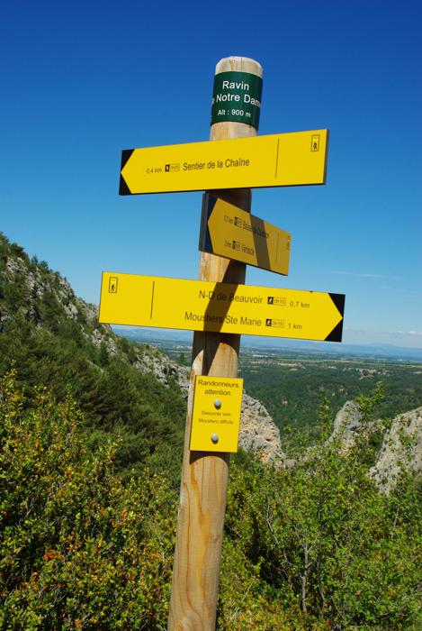 panneau indicateurs de randonnée