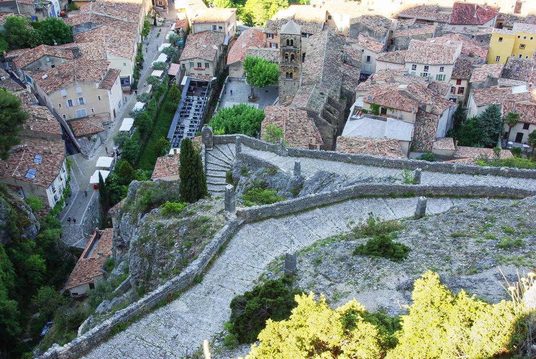 Village provencal de Moustiers Sainte Marie