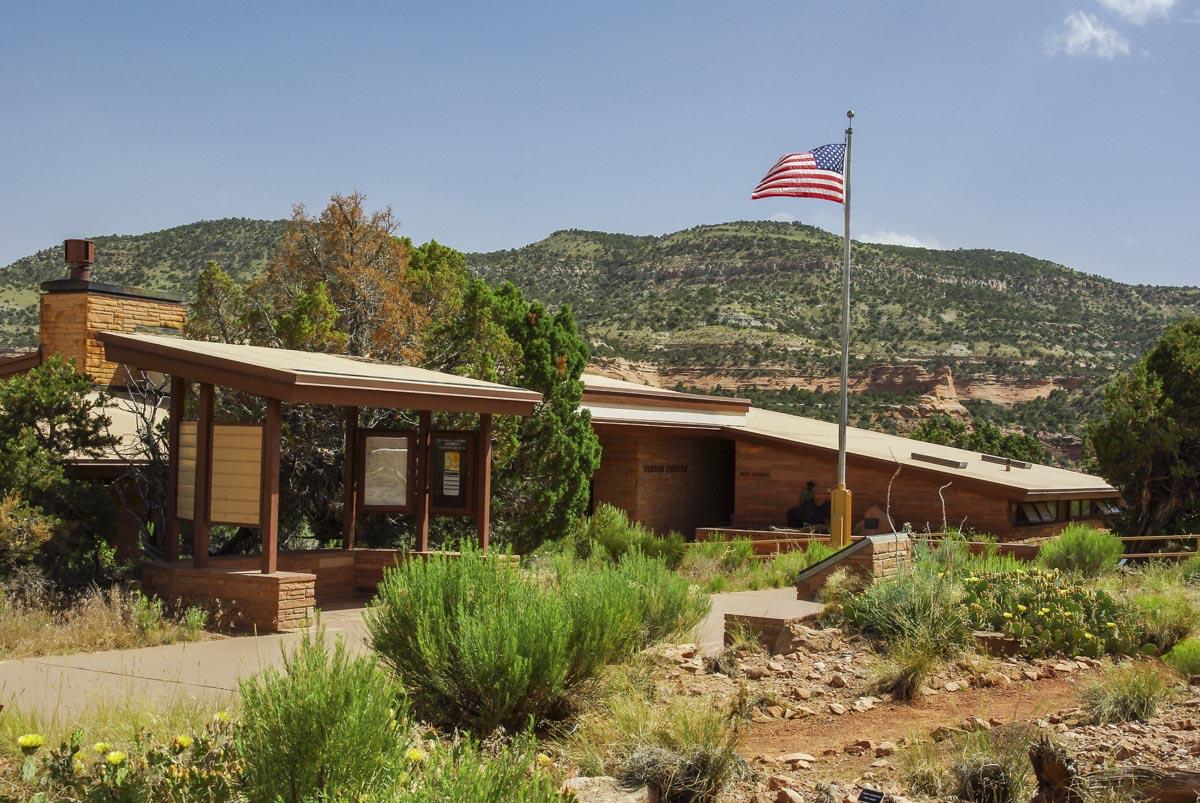 visitor center du colorado national monument