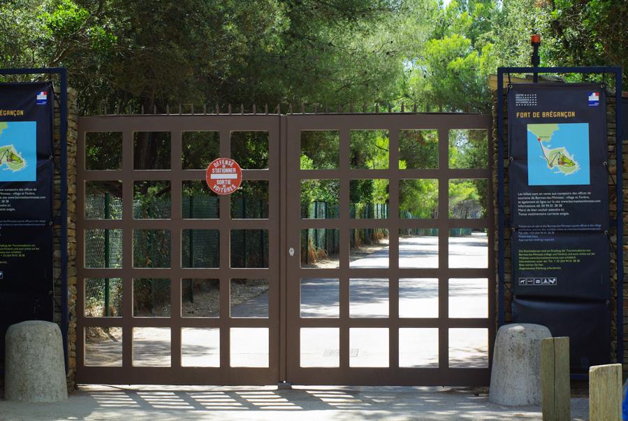 Portail d'entrée du fort de Brégançon
