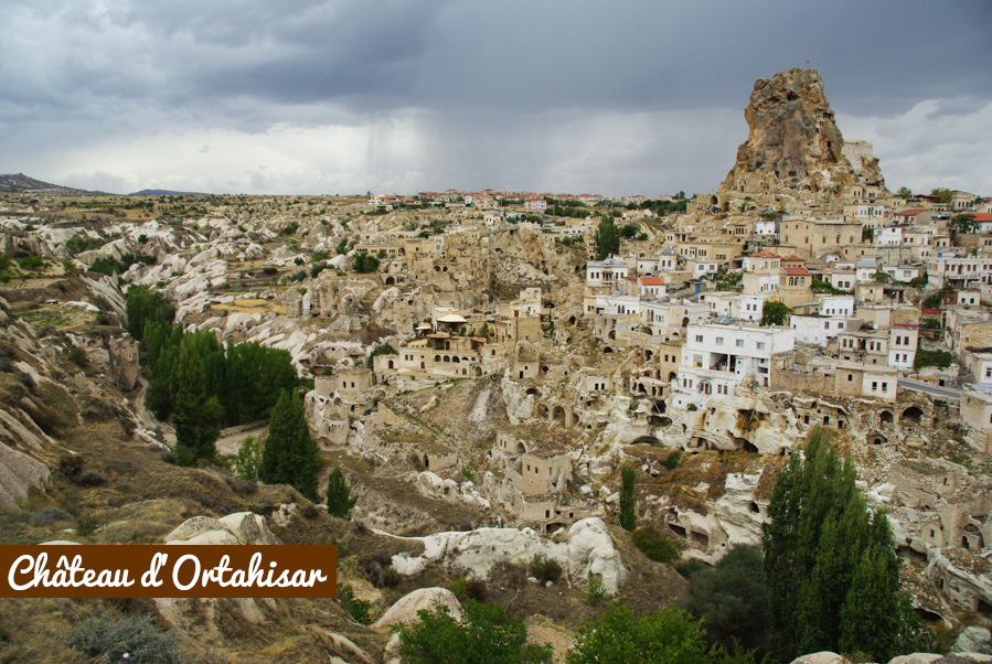 chateau troglodyte d'Ortahisar - cappadoce