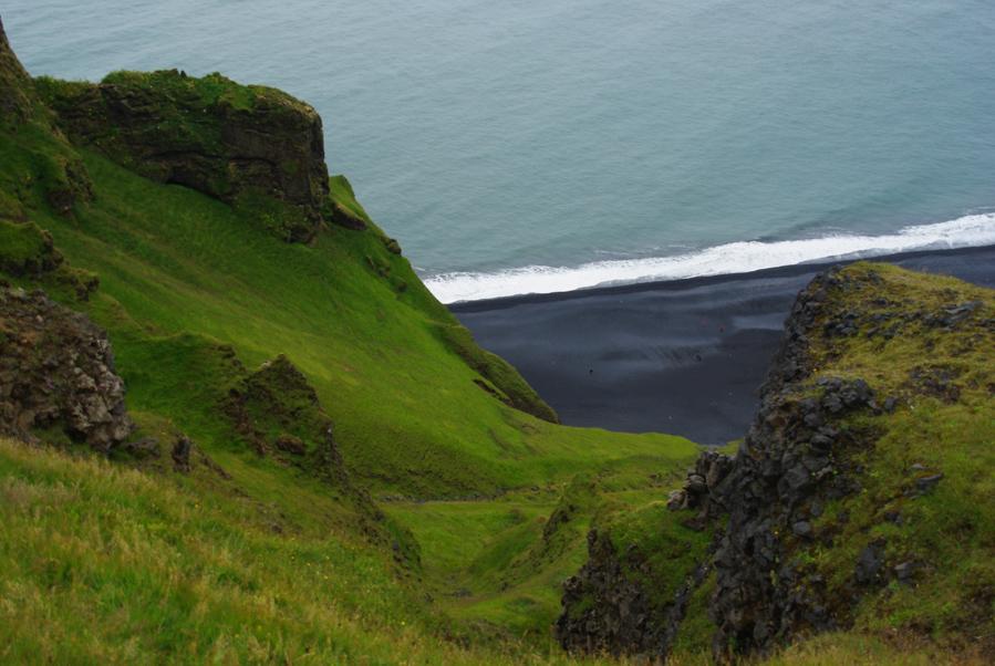 plage de sable noir de vik