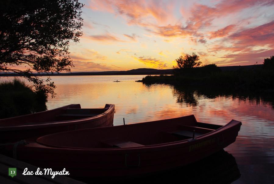 coucher de soleil sur le lac de Myvatn