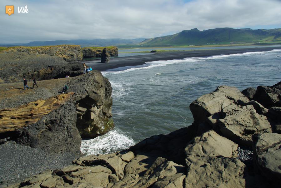 la cote islandaise dans les environs de vik