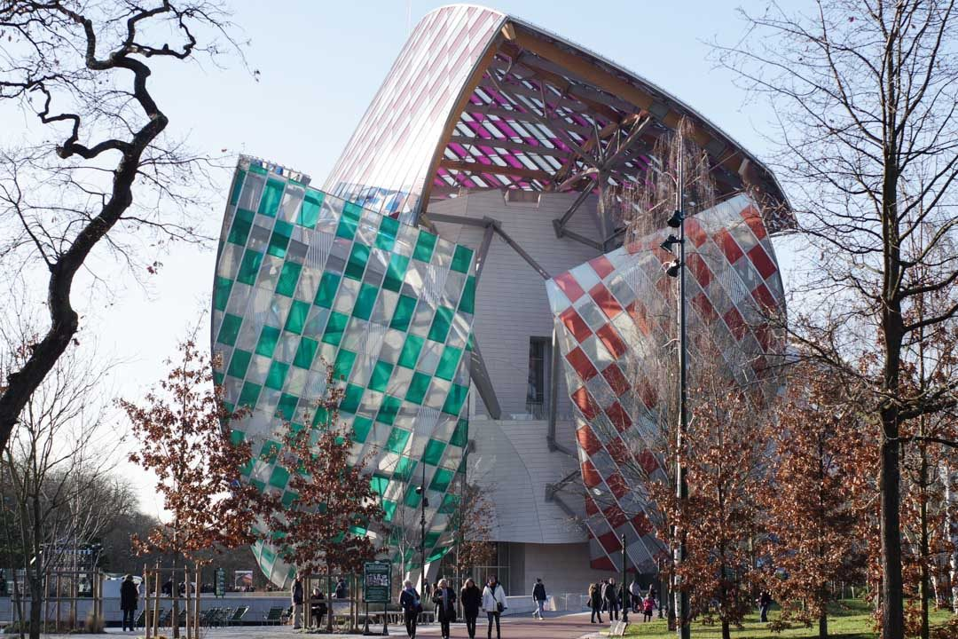 Fondation Louis Vuitton décorée par Buren