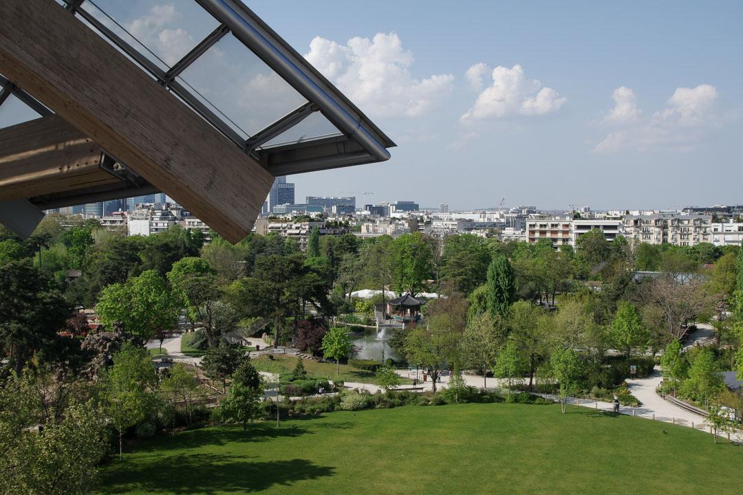 Vue sur le Jardin d'Acclimation depuis la Fondation Louis Vuitton