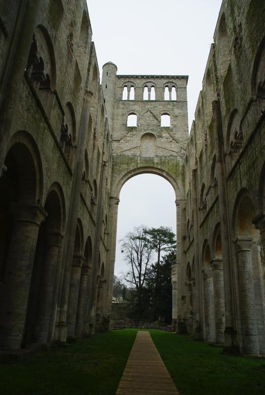 Nef de l'Abbaye de Jumièges