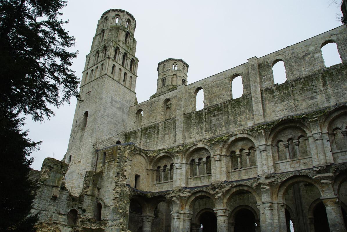 Visiter l'Abbaye de Jumièges : l'une des plus belles ruines de France