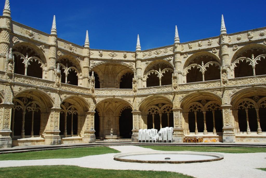 cloitre du monastère des hiéronymites