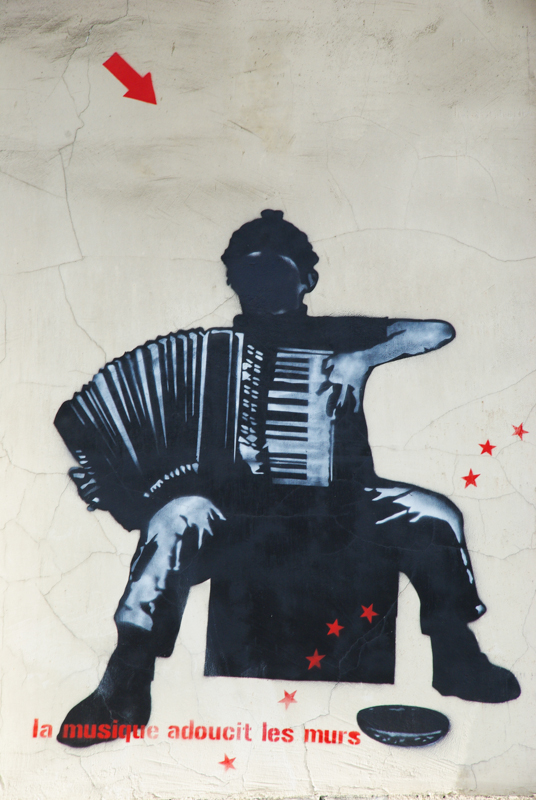 street art Butte aux cailles La musique adoucit les murs