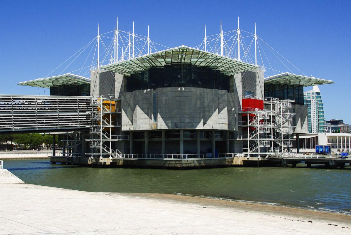 le bâtiment de l'océonario de Lisbonne vu de l'extérieur
