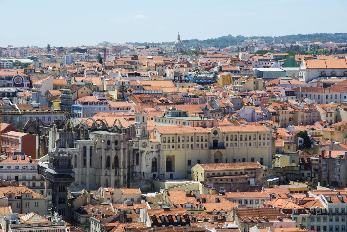 vue sur le musée des Carmes depuis le castelo San Jorge