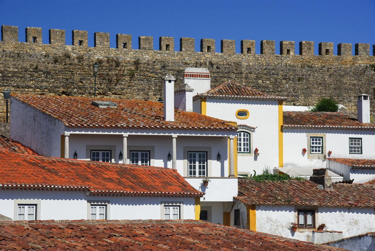 Óbidos et son mur fortifié