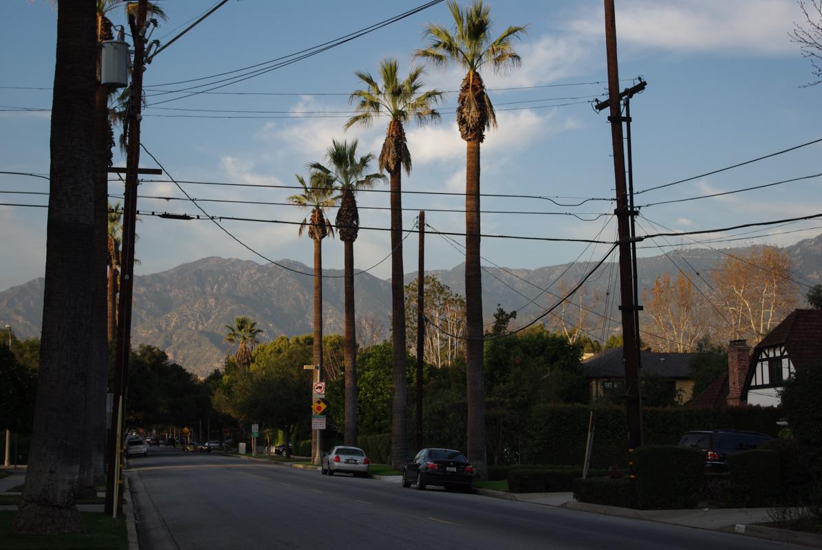 Quartier rédidentiel de la banlieue de Los Angeles