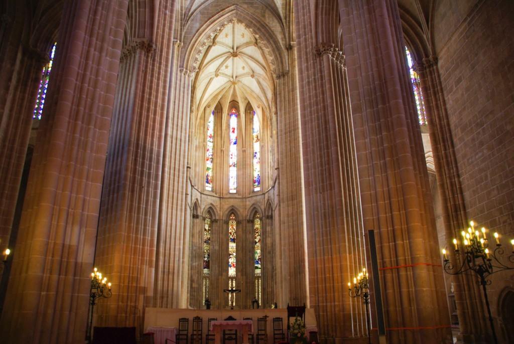 Nef de l'église de Batalha