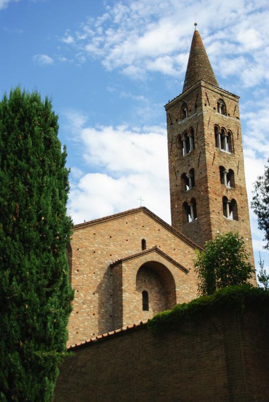 basilique saint jean l'évangeliste