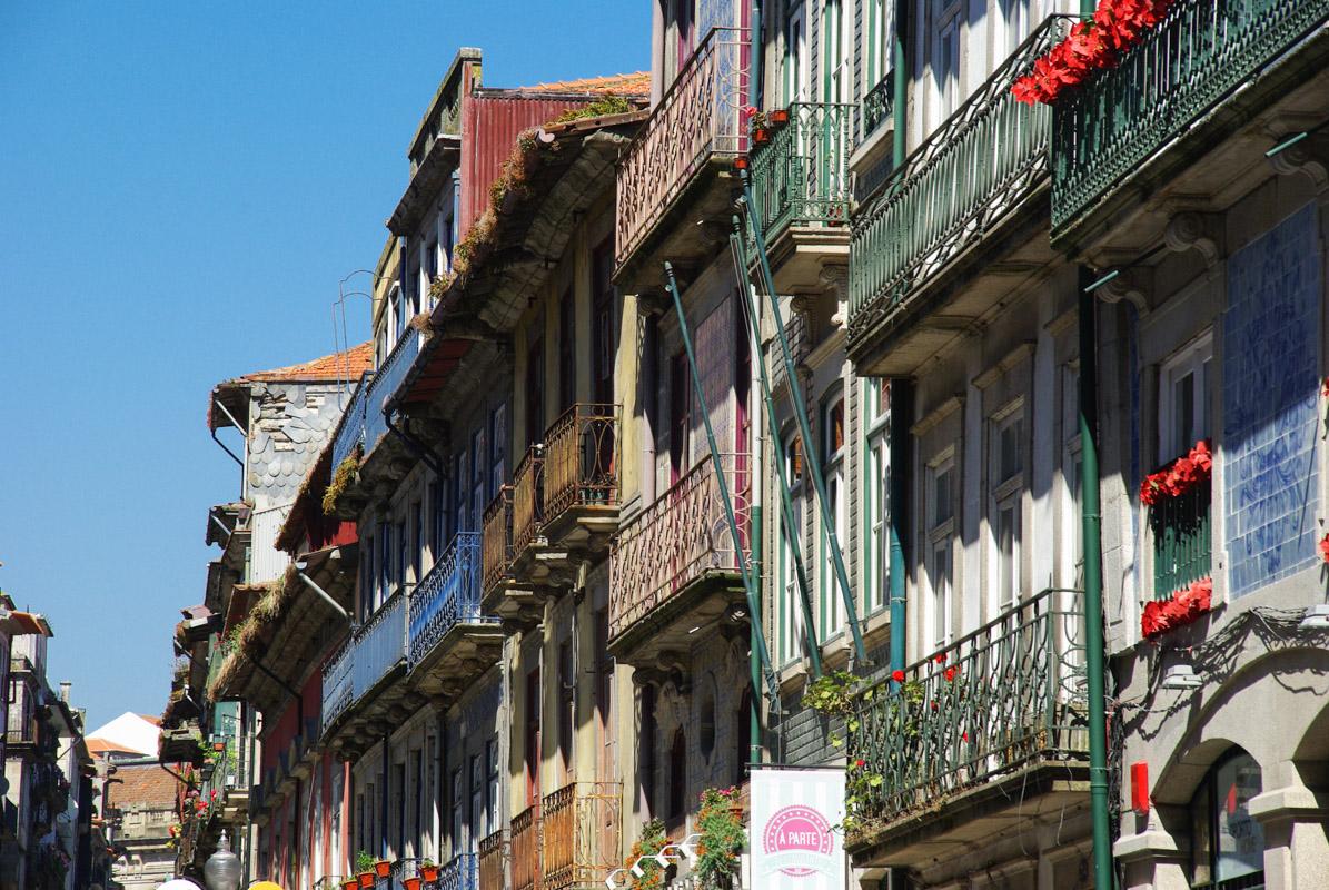 Facade - Riberia - Porto