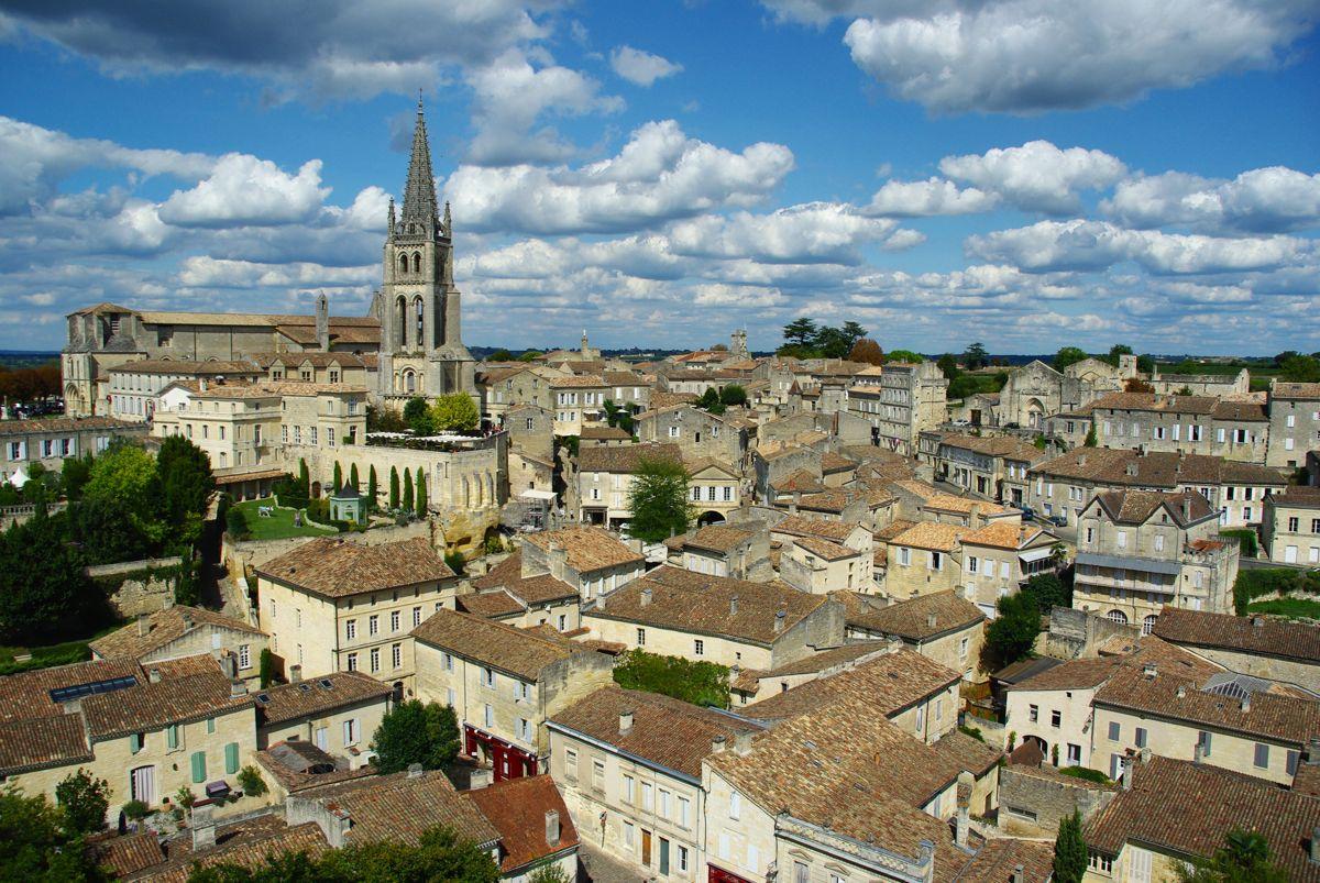panorama sur le village de Saint-Emilion