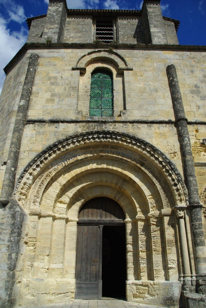 portail de l'église collégiale de Saint émilion