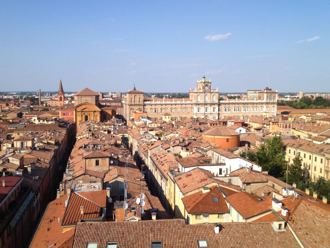 Panorama sur le Palazzo Ducale - Modène
