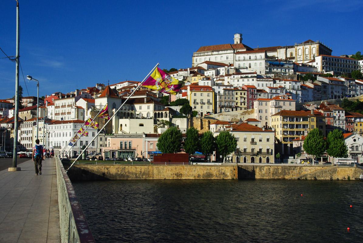 vue sur la vieille ville de Coimbra