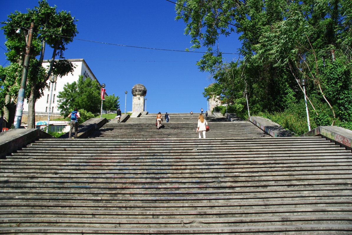 escalier menant à l'université de Coimbra - Portugal