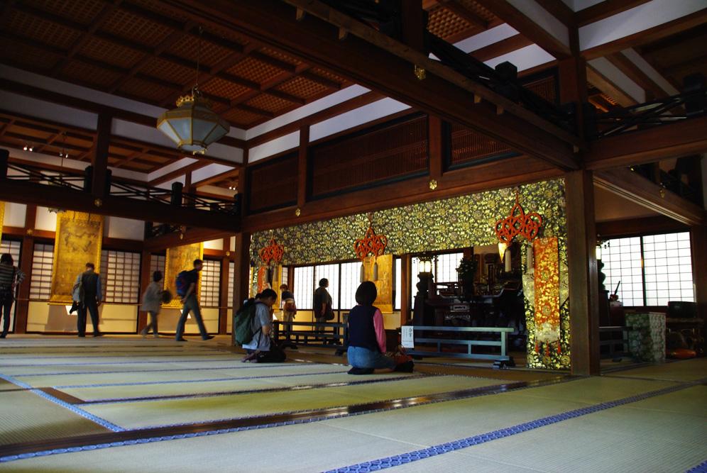 intérieur du temple Engagu-ji - Kamakura