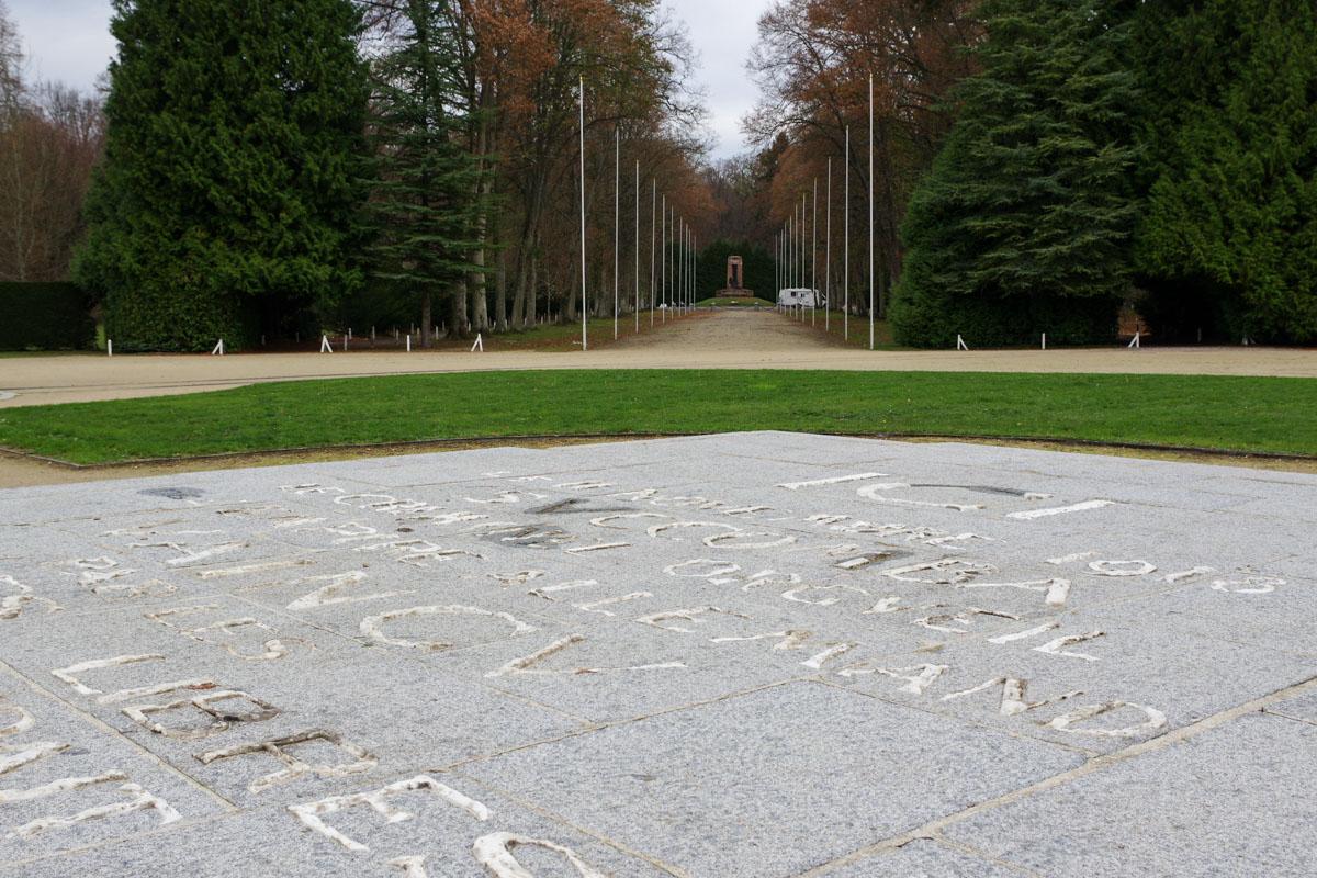 dalle comemorative de l'armistice du 11 novembre 1918