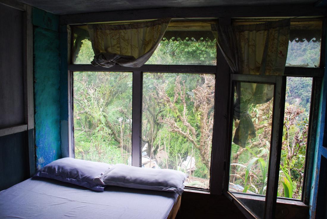 ma chambre d'hôtel à Jhinu