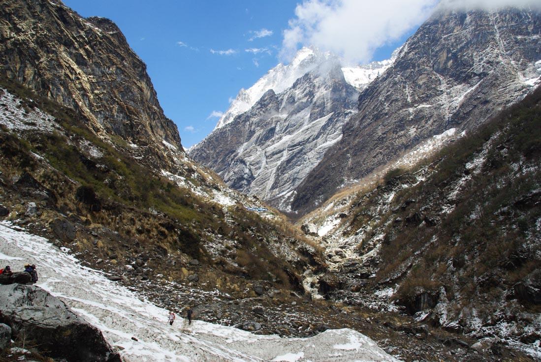 Trek des Annapurnas - l'arrivée sur Deurali