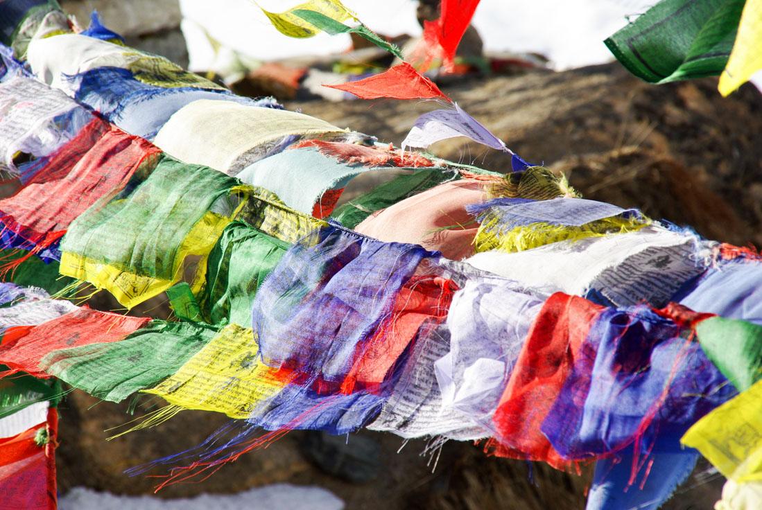 Drapeaux de prières bouddhistes - Népal
