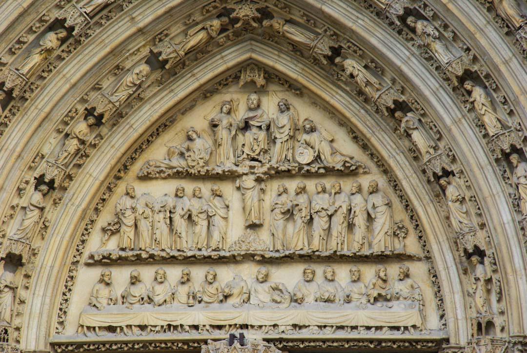 fronton de la cathédrale Saint André - Bordeaux