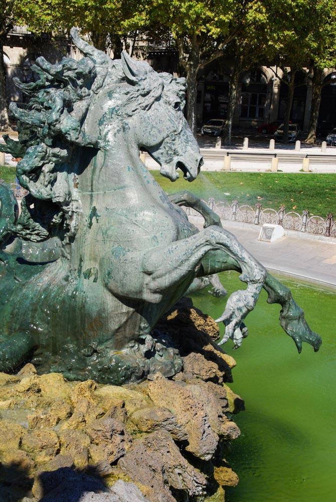 détail de la fontaine du monuments des Girondins - Bordeaux