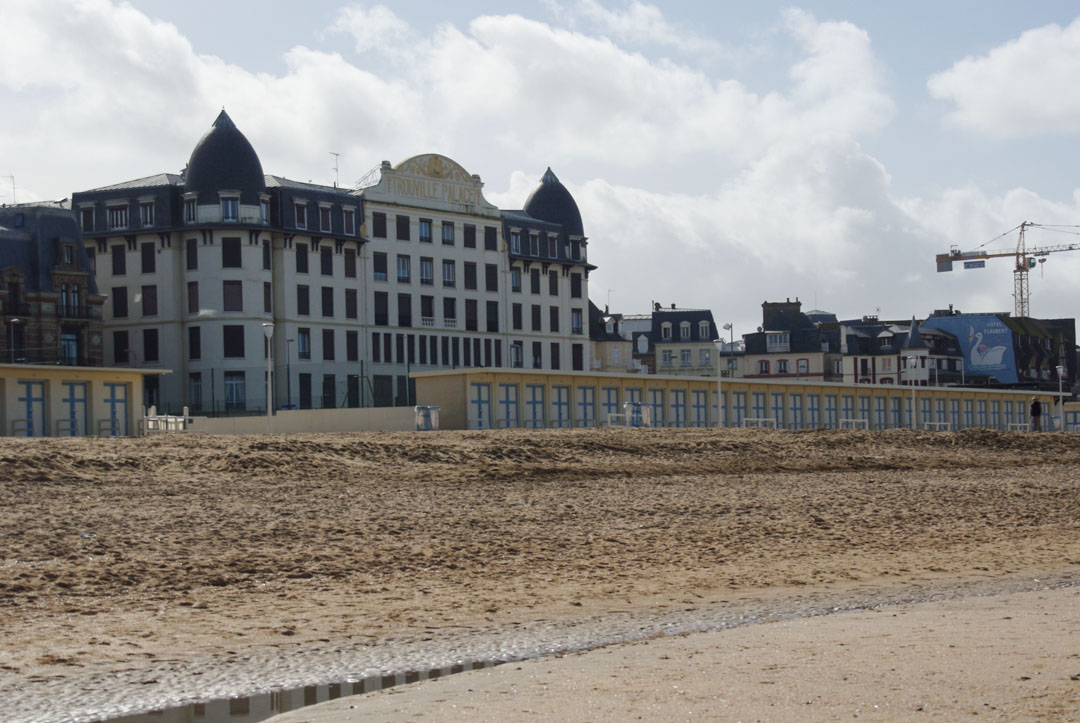 grand hotel - plage de Trouville - Normandie