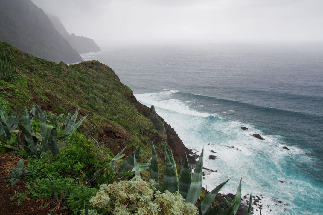 sentier côtier entre la plage Tamadite et Taganana