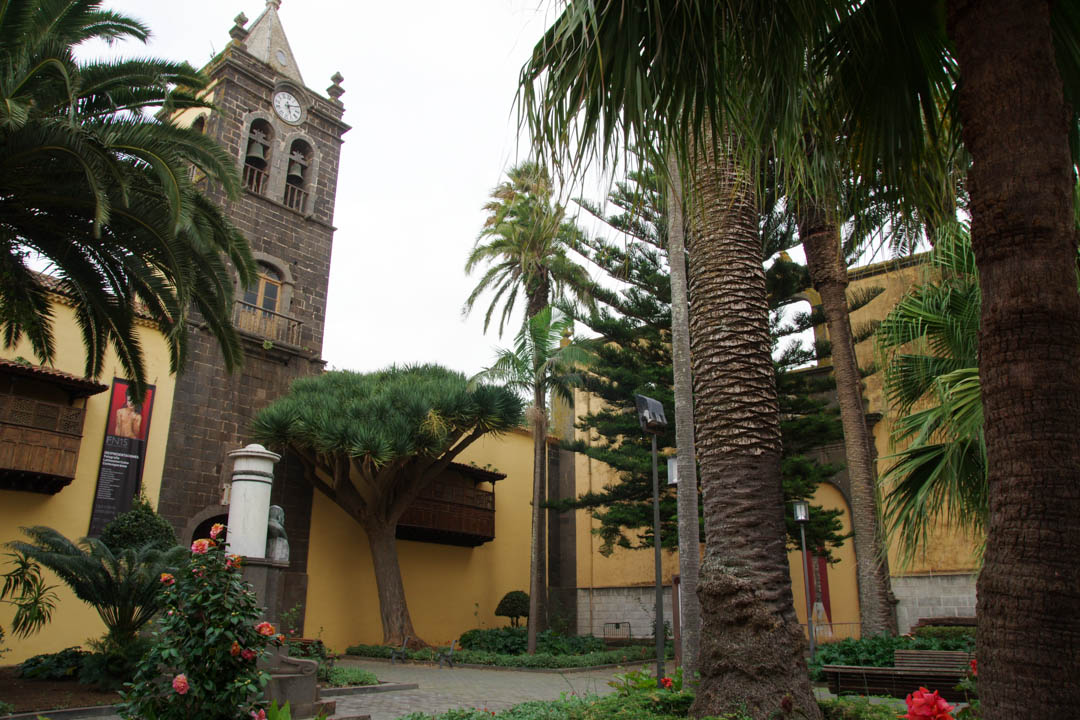 Place près d'une église - La Laguna - Tenerife