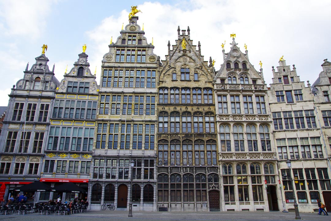 Maisons de guilde de la Grand Place d'Anvers