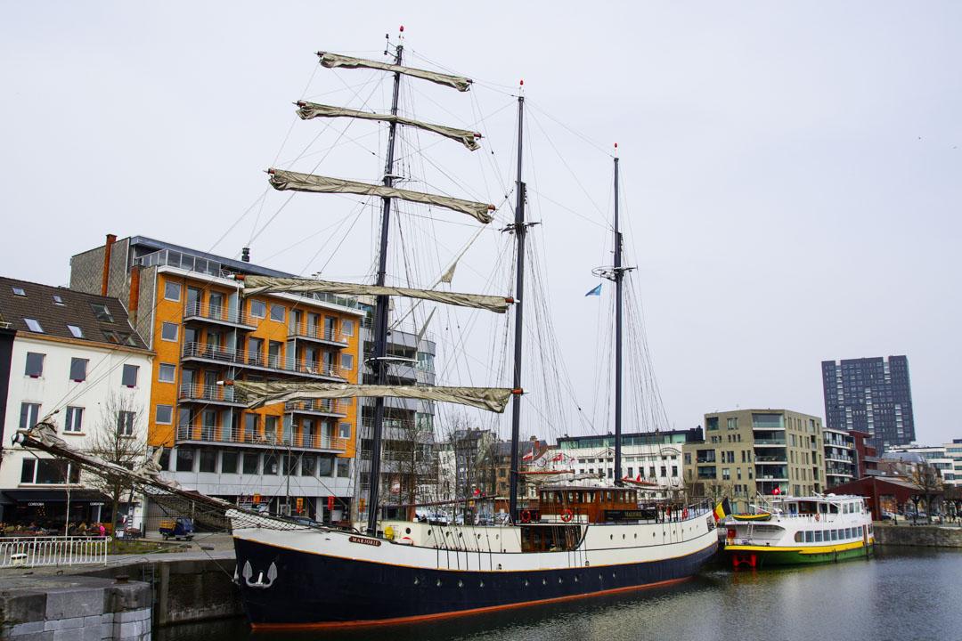 trois mats - port d'Anvers