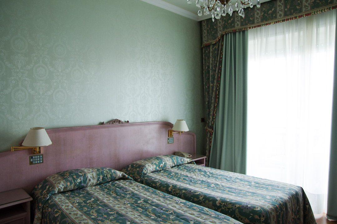 Ma chambre - hôtel Bristol - Stresa