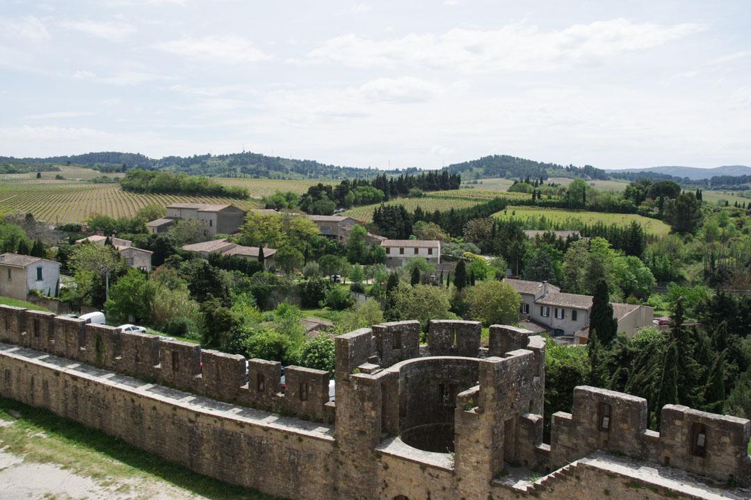 vue sur les environs de Carcassonne depuis les remparts de la cité médiévale