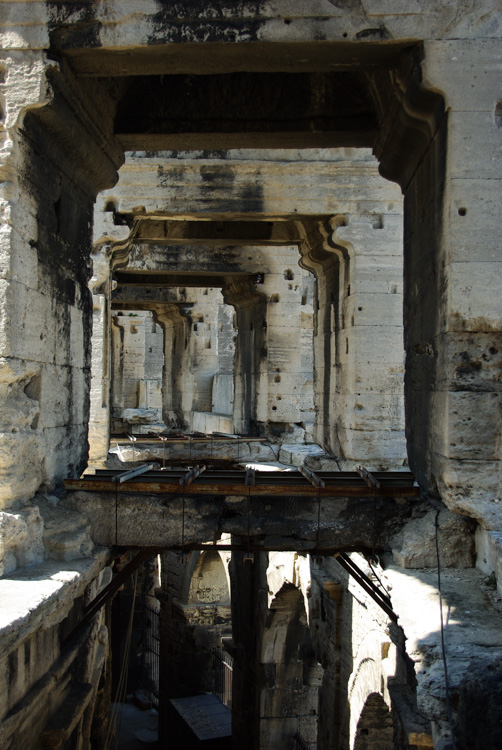 Couloir des Arènes antique d'Arles